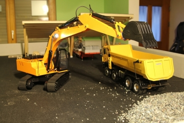 RC4WD Earth Digger 4200XL Scale Hydraulik Bagger 1/12  Version 1.5 (1Stück)
